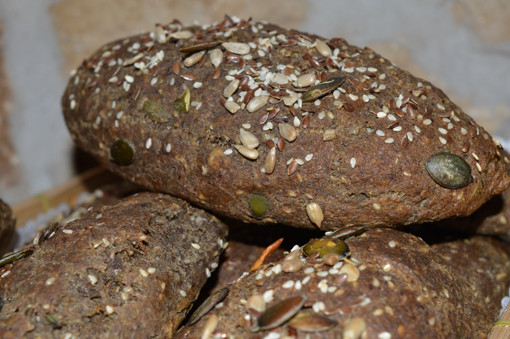 Paleo sokmagos kenyér másolata (2)